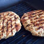 Chiftele la prăjit pentru burger de curcan gustos și savuros