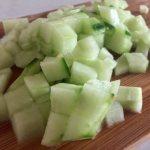 Castravete tocat pentru salată de toamnă