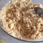 Aluat cu margarinîă și făină pentru cornulețe cu gem