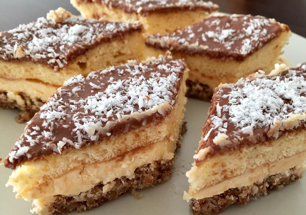 Prăjitura cio-cio-san cu cremă de vanilie