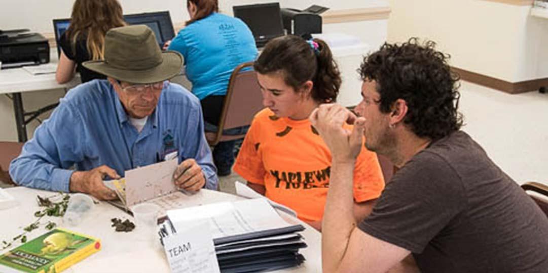 masons teaching students
