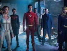 Arrow S08E08 WEBDL x265 Crisis on Infinite Earths: Part Four (IV)