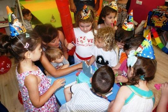 παιδικά πάρτι, καλλιτεχνικά πάρτι, παιχνίδι με την τέχνη
