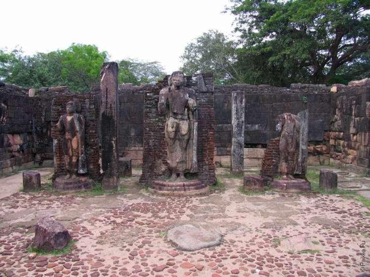 Полоннарува статуи Будды
