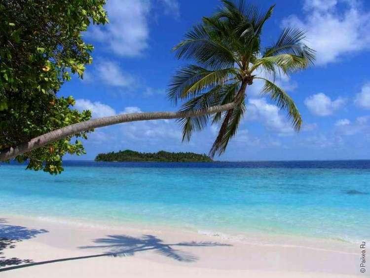 Хороший пляж на Мальдивах