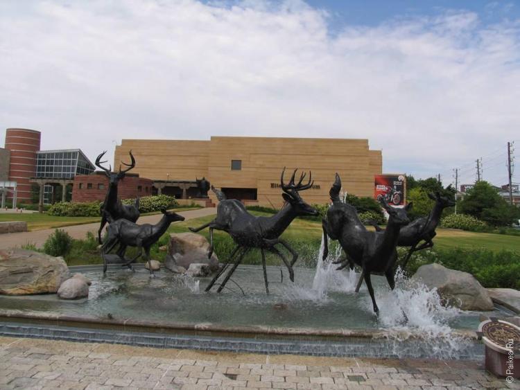Индианаполис кинетическая скульптура