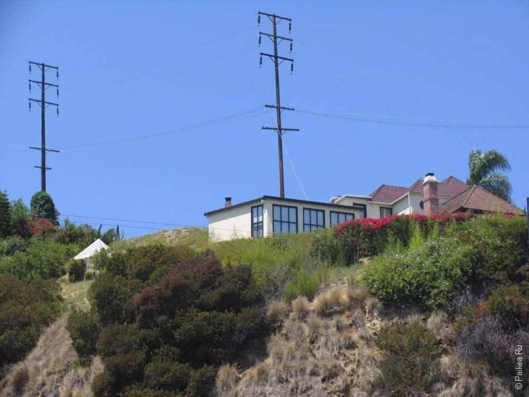 Домик на холме в Голливуде