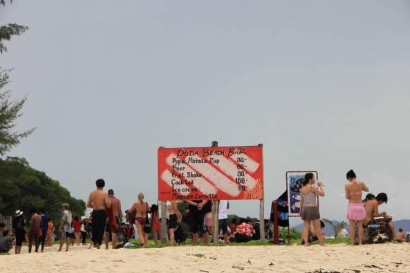Бар на пляже острова Пода экскурсия 4 острова краби