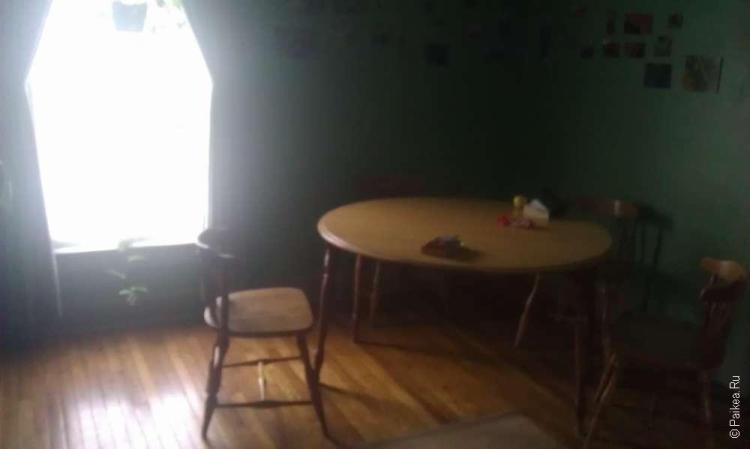 Indy Hostel - деревянная мебель в хостеле