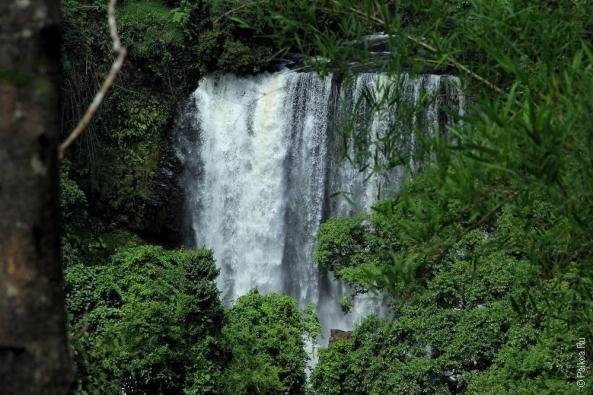 Лаос - Плато Болавен от Секонга до Паксонга (Laos - Bolaven plateau from Sekong To Paksong)