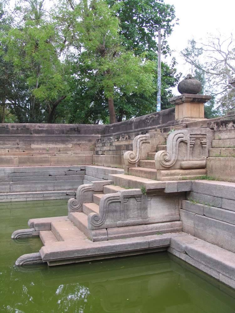 Анурадхапура, Шри-Ланка (Anuradhapura, Sri Lanka)