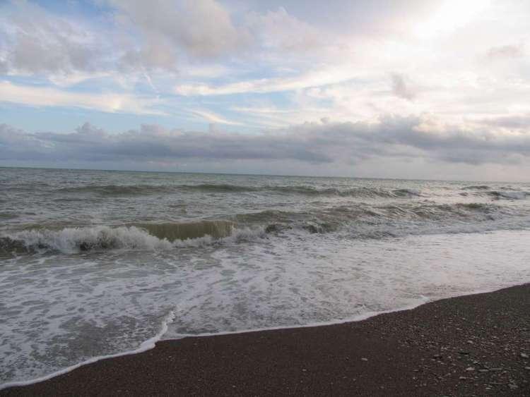 отдых в небуге пляж