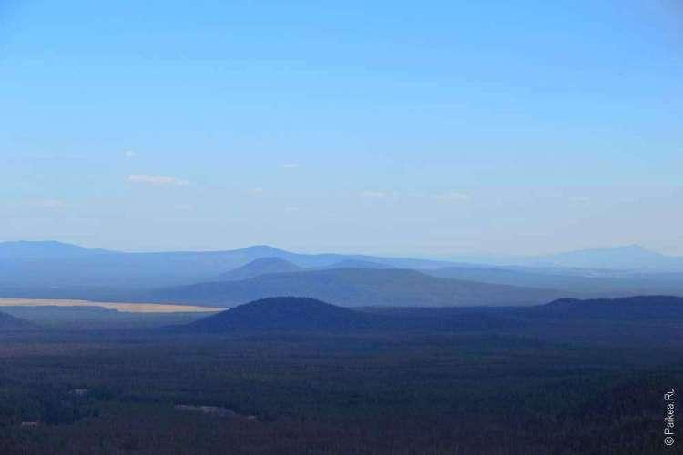Синеющие холмы