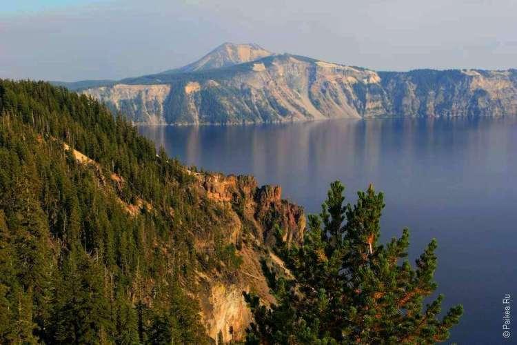 Озеро Кратер Лейк в Орегоне