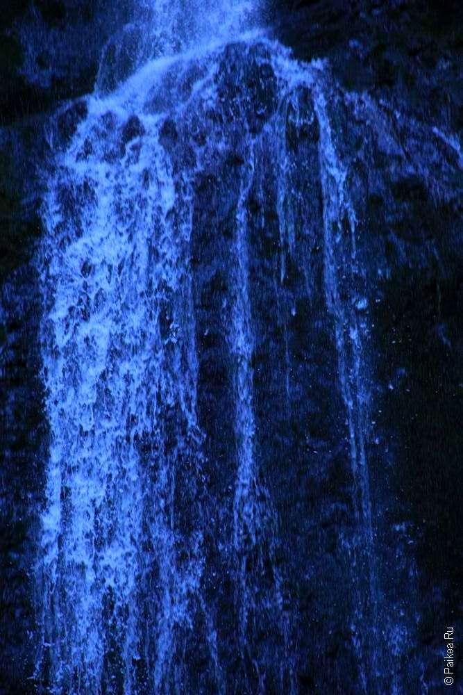 Озеро Полумесяца - Каскад водопада