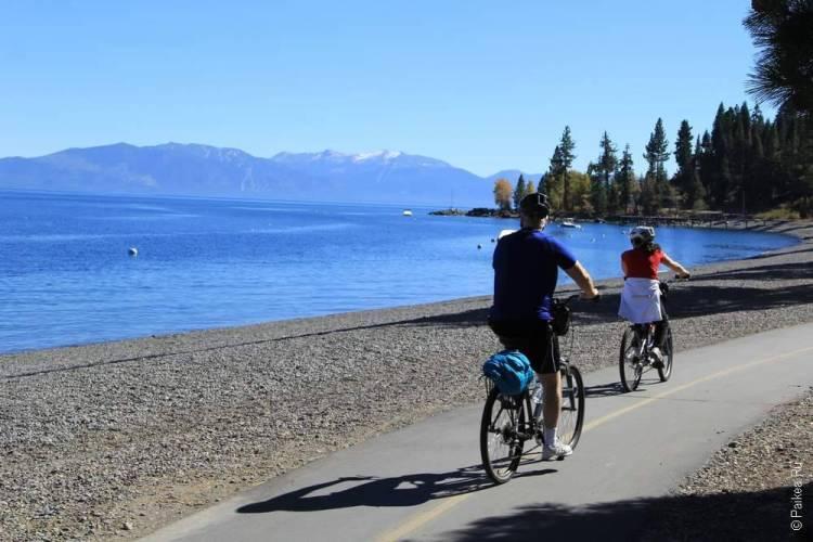 велодорожка рядом с озером тахо