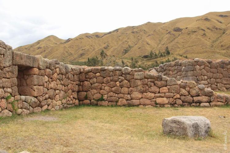 Пука Пукара, Перу (Puka Pukara, Peru)