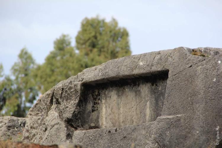 священная долина инков, Храм обезьян в Перу