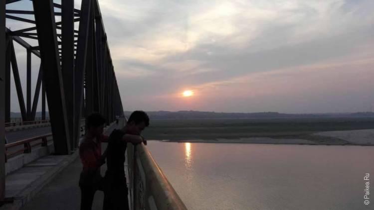 мост через реку иравади