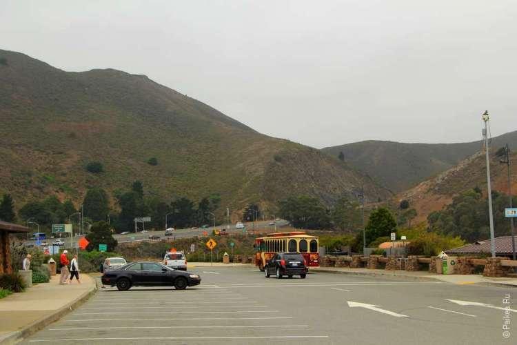 Парковка около северного края моста Золотые Ворота, Сан-Франциско, США