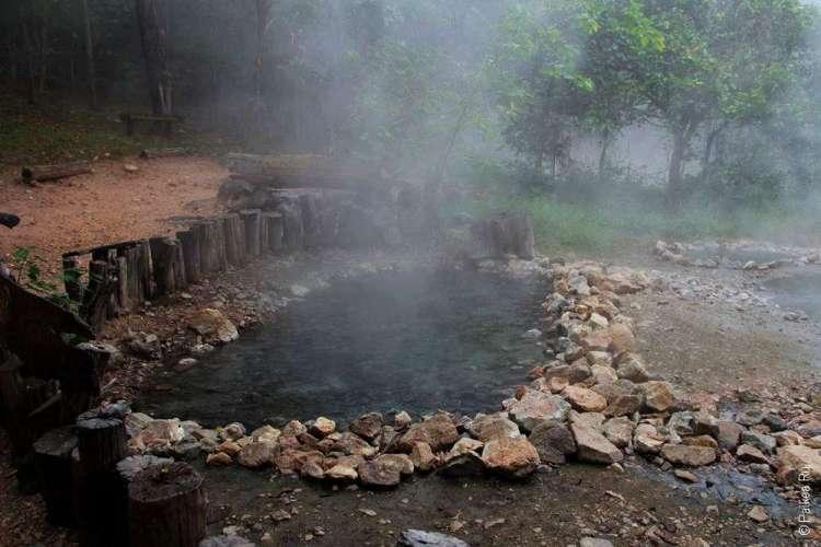 Геотермальный источник или хотспринг