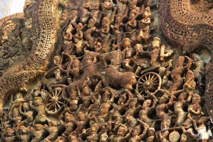 ангкор ват фронтон с колесницей