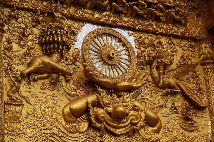 Украшения храма в Северном Таиланде