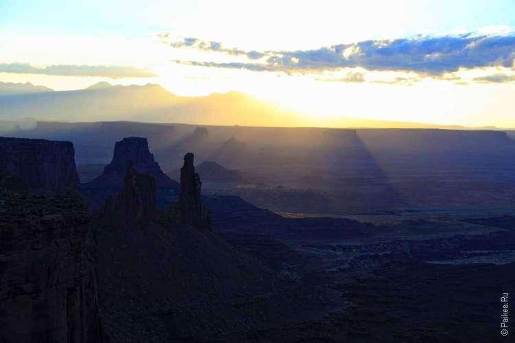Фото каньона на рассвете
