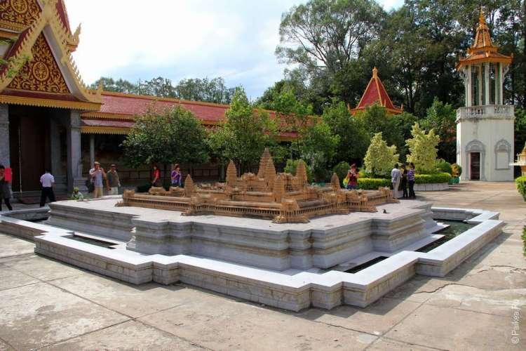 Достопримечательности в городе Пномпень