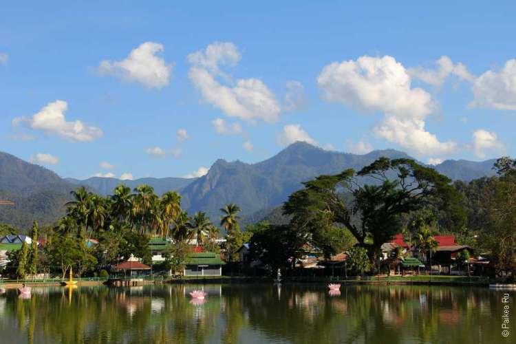 Мае Хонг Сон озеро