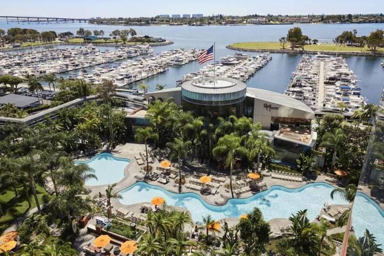 Сан-Диего отель Марриотт с бассейном