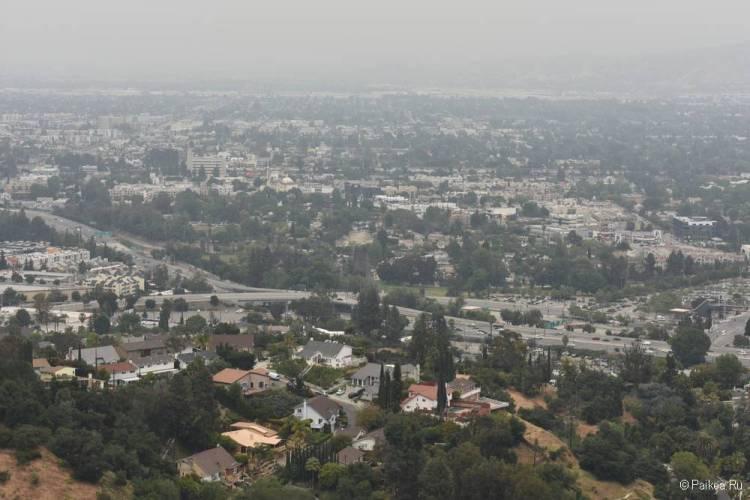 Universal City Overlook на Малхолланд Драйв - бесплатная смотровая площадка с панорамным видом на Лос-Анджелес 2