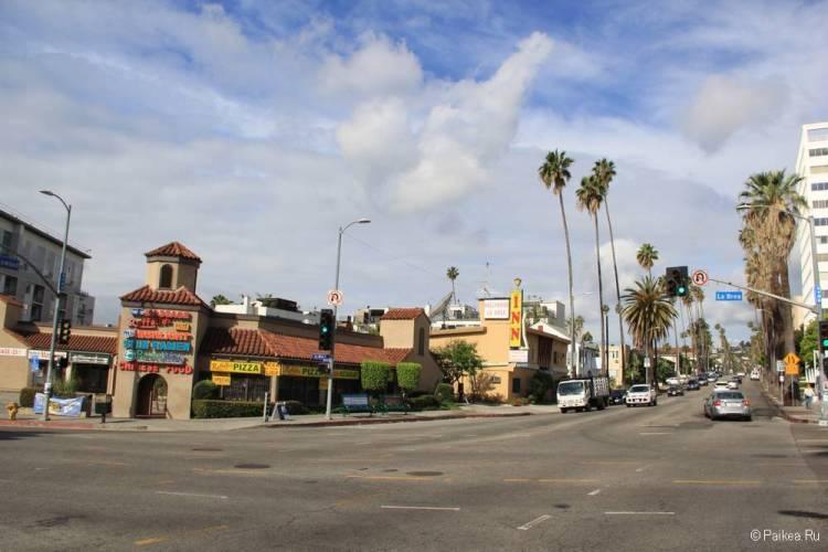 Хороший отель в Голливуде с бесплатной парковкой - Hollywood La Brea Inn, Лос-Анджелес 21