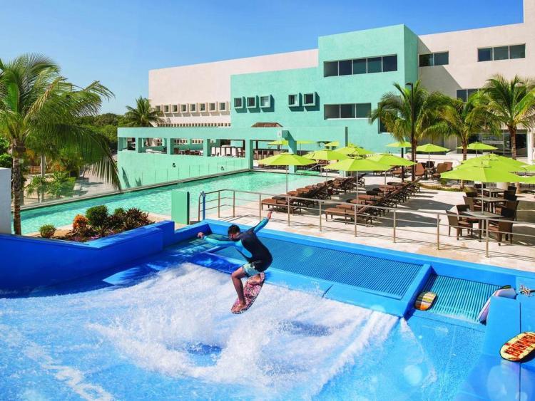 Отели Канкуна волны