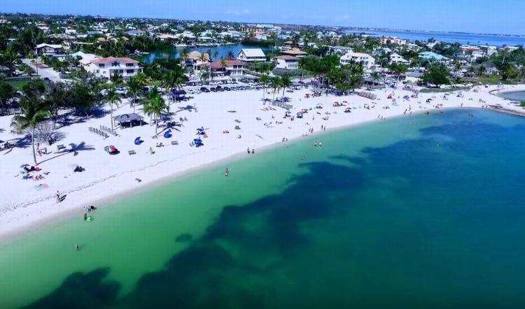 пляж сомбреро бич флорида