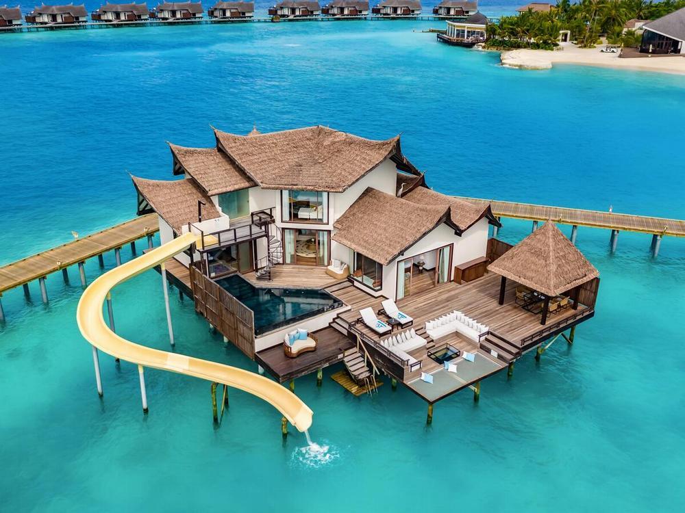 мальдивы отели с водными горками