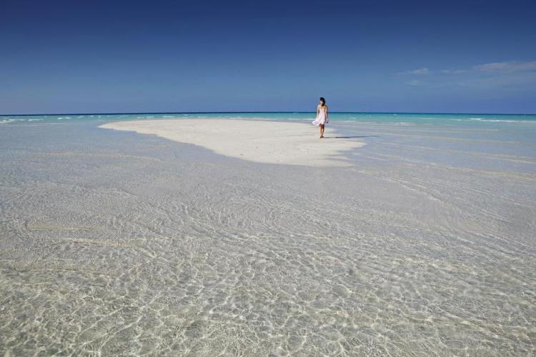 отели на мальдивах с песчаной косой kurumathi 2