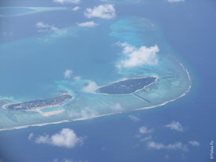 Локальный остров и остров-резорт на Мальдивах