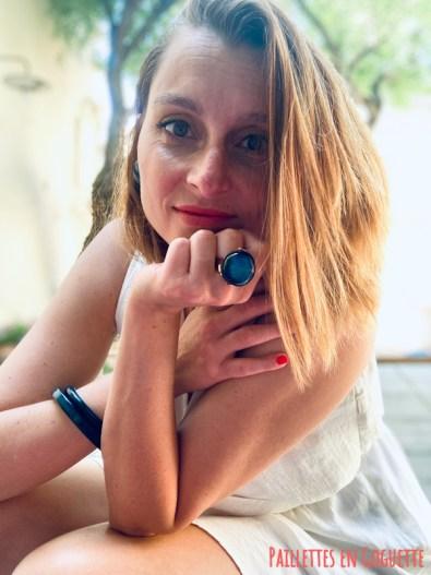 bague et bracelet bleu