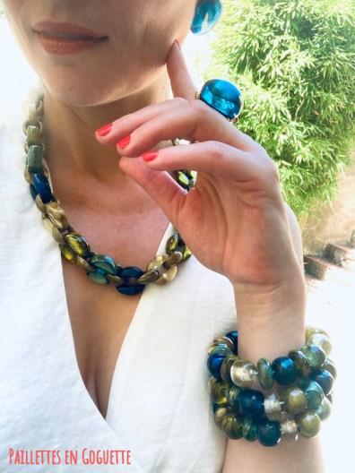 bijoux en résine artisanale