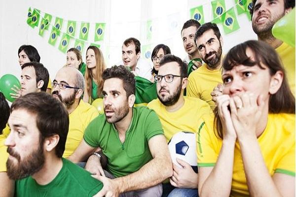 O que acontece no corpo durante um jogo emocionante do Brasil na Copa – e quais os riscos
