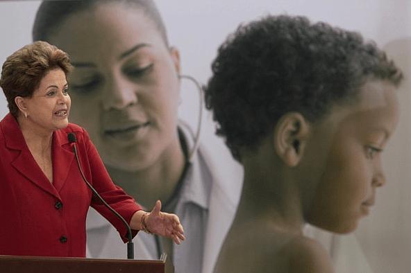 """Dilma promete """"alquimia"""" com os recursos originados da Libra"""