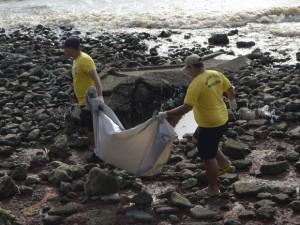 Achado corpo de menina vítima de naufrágio