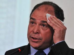 Ministro Fernando Bezerra, do PSB, entrega cargo