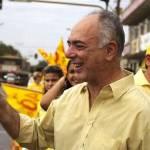 TRE determina que candidato retire as bandeiras fixadas na Av. Jorge Teixeira e aplicar multa pelo descumprimento