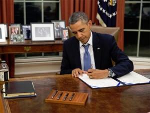 Parem a farsa  do orçamento, diz Obama