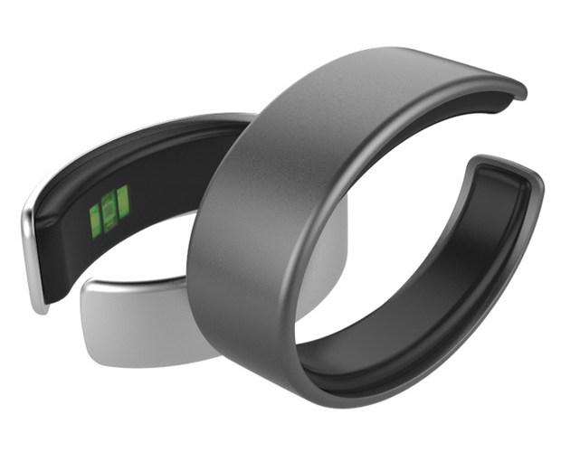 Nova pulseira inteligente monitora saúde de seu usuário