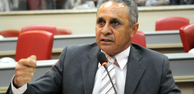 Ribamar presta homenagem aos jornalistas de Rondônia
