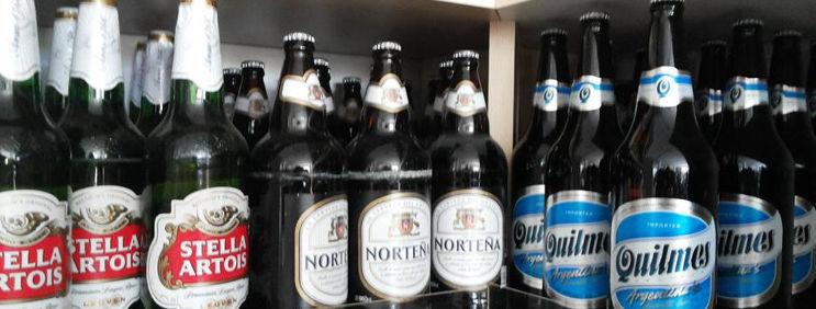 Cervejas especiais ganham ar de bebida gourmet com petiscos e pratos