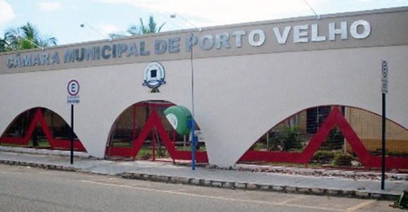 "Vereadores de Porto Velho autorizam empresa a ""importar"" lixo hospitalar de outros municípios"